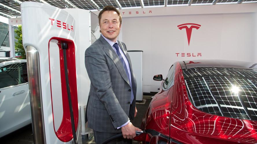 Elon Musk Just Deleted Tesla's Facebook Page
