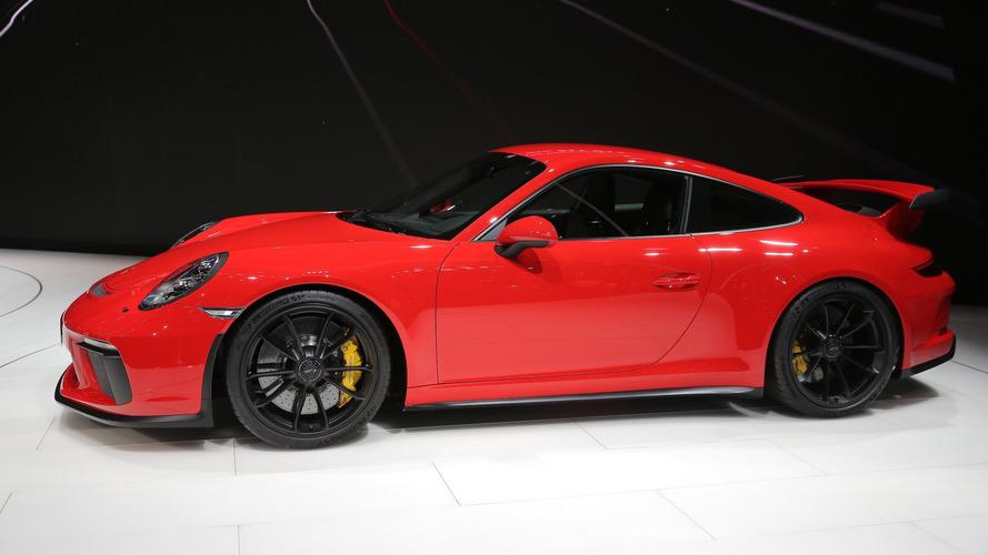 2018 Porsche 911 GT3,  500 bg ve manuel şanzımanla geldi