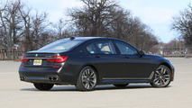 2017 BMW M760i: Review