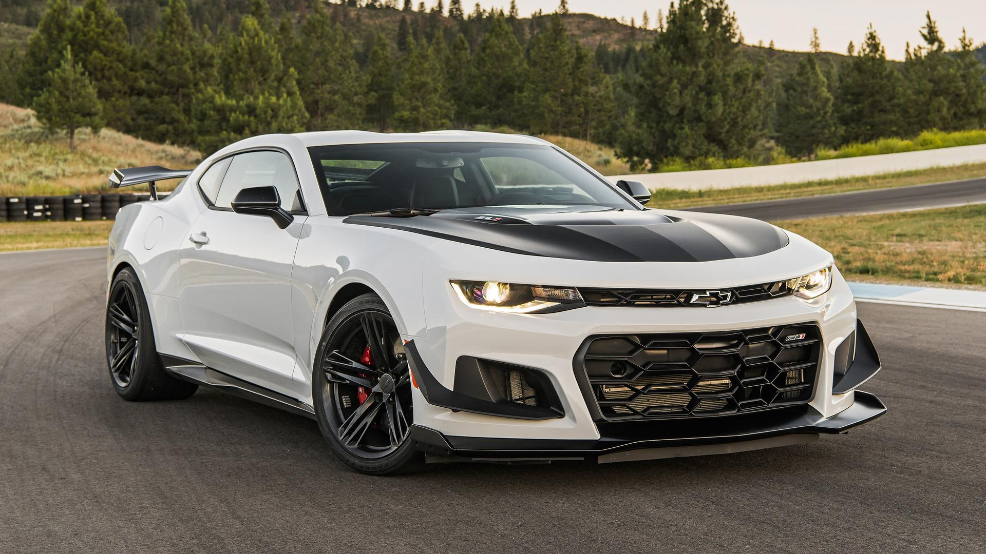 2018 Chevy Camaro Zl1 1le First Drive Best Of The Breed
