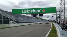 Heineken sign