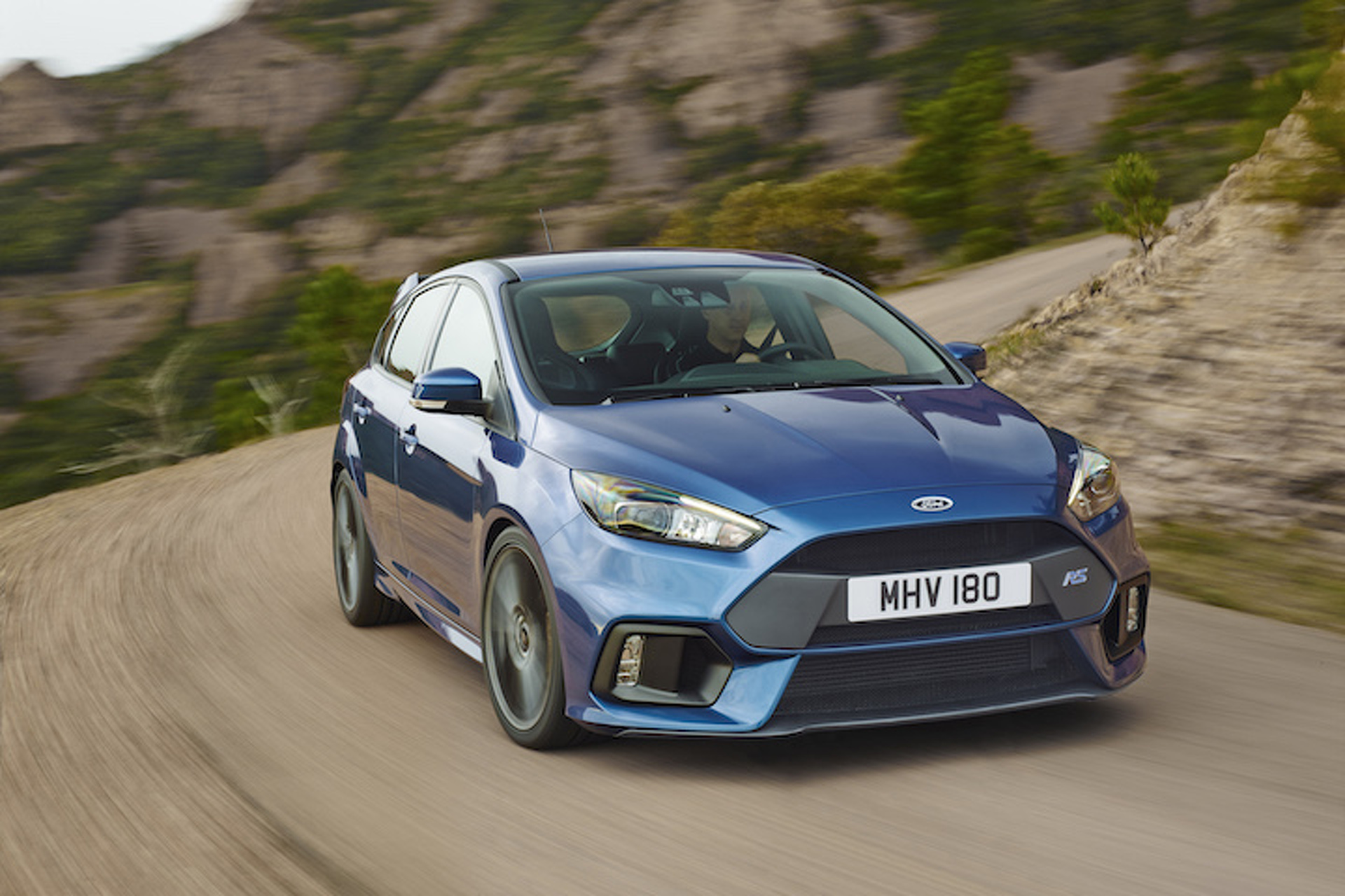 The Ford Focus Rs Will Race To In Under Seconds