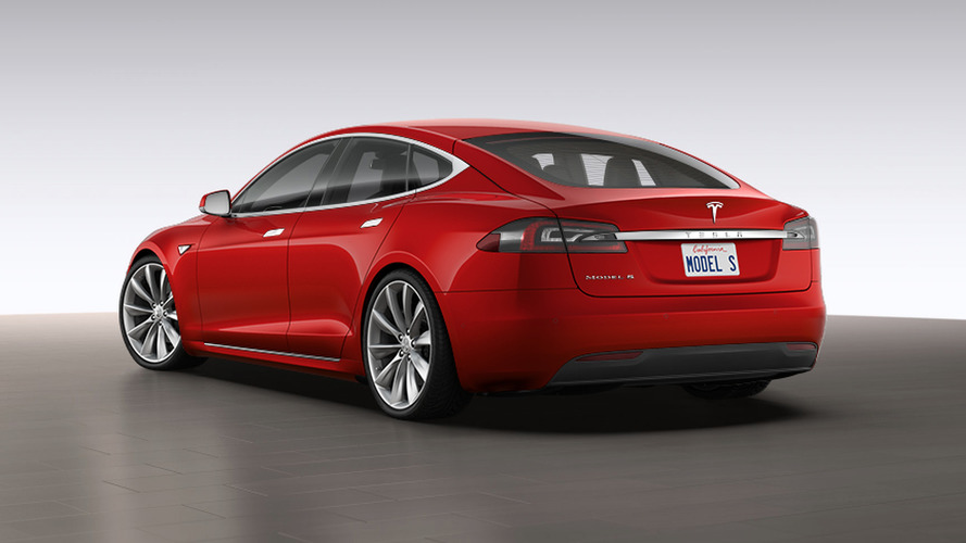 Tesla releases lower-priced Model S 60 with 210-mile range