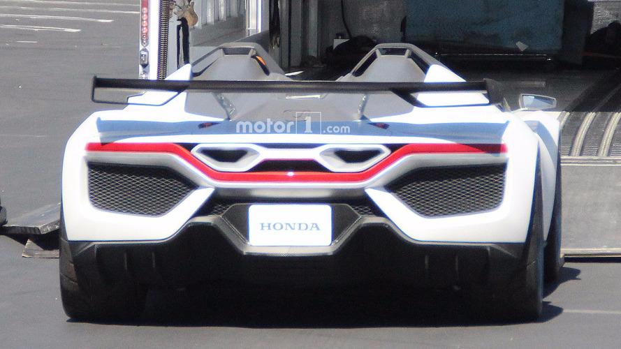 Honda Gizemli Casus Fotoğrafları