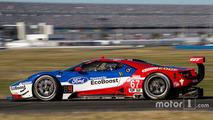 Quatre Ford GT aux 24 Heures de Daytona