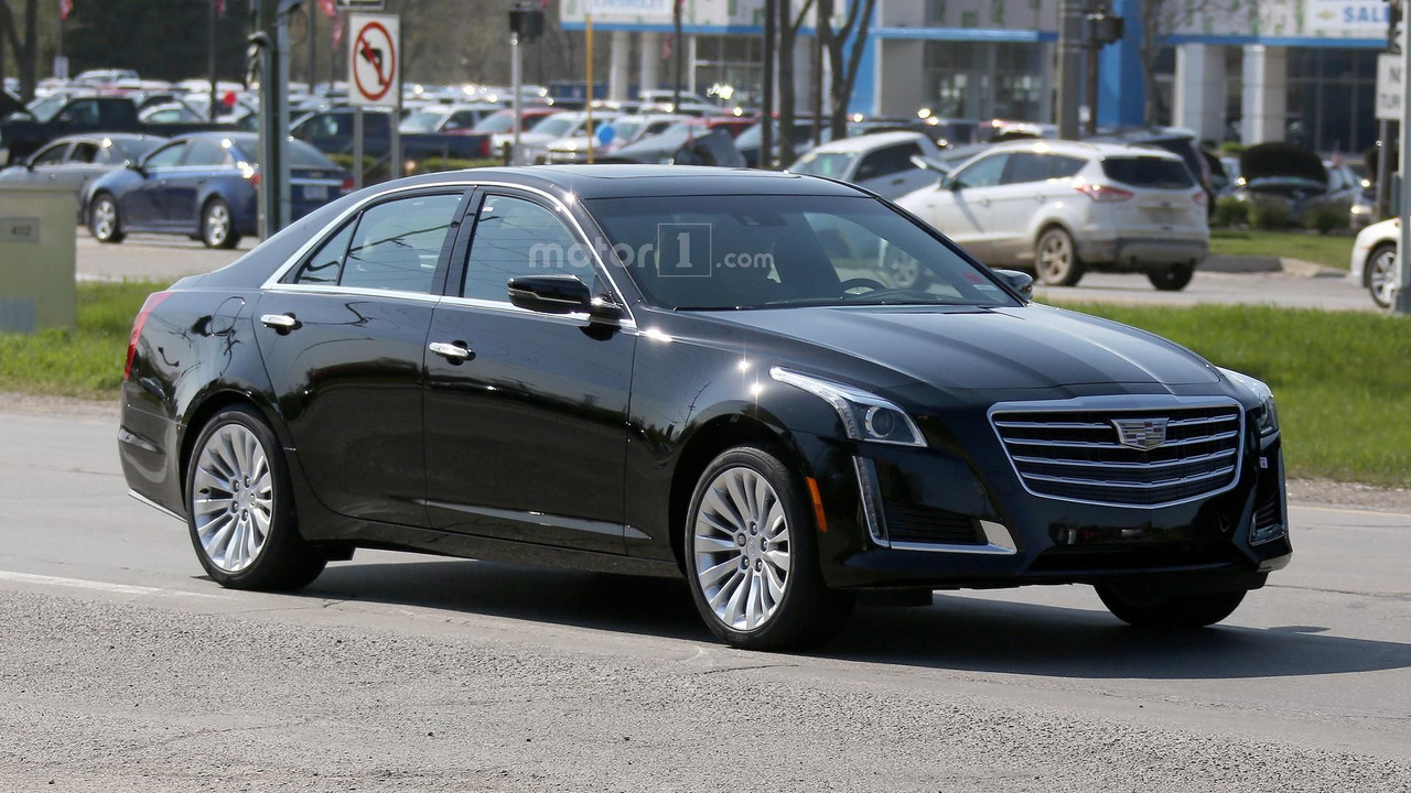 2017 Cadillac CTS spy photo