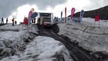 Eski Stig, Range Rover Sport ile kayak pistinden aşağı iniyor