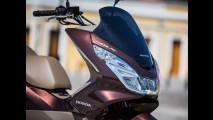 Honda PCX chega à linha 2017 com novas cores e preço inicial de R$ 10,3 mil