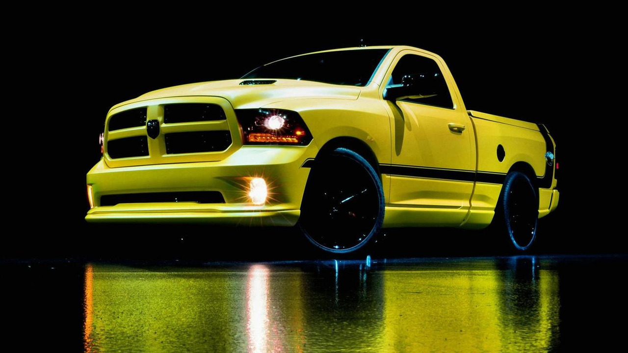 2013 Ram 1500 Rumble Bee Concept 18.08.2013