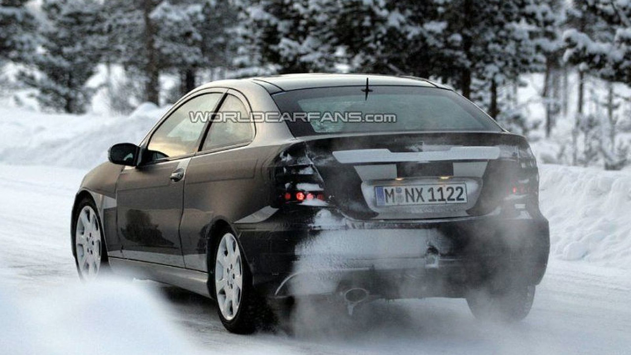 SPY PHOTOS: All New Mercedes C Sportcoupe