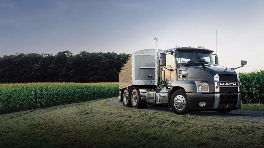 The Mack Anthem Could Be Diesel's Last Stand For Semi Trucks
