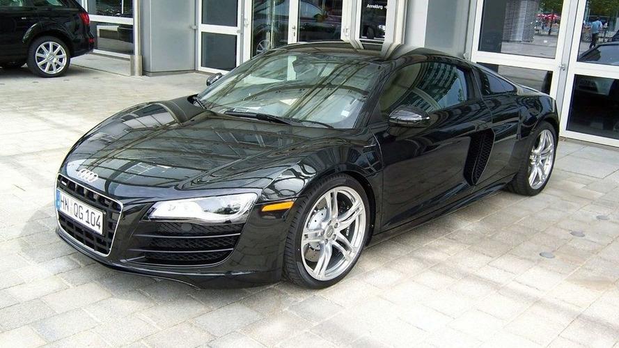 Audi R8 V10 Spotted at quattro