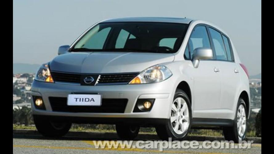 Nissan comemora marca de 1 milhão unidades produzidas do hatchback Tiida