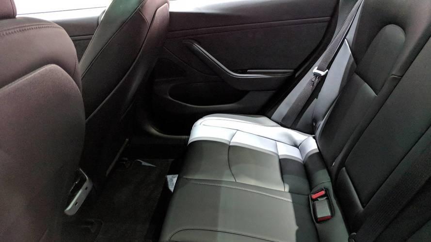Tesla Model 3'ün arka koltuk ısıtması güncelleme ile aktif oluyor