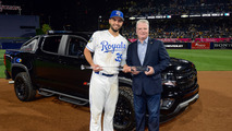 MLB All-Star MVP gets keys to a Chevy Colorado Diesel Midnight Edition