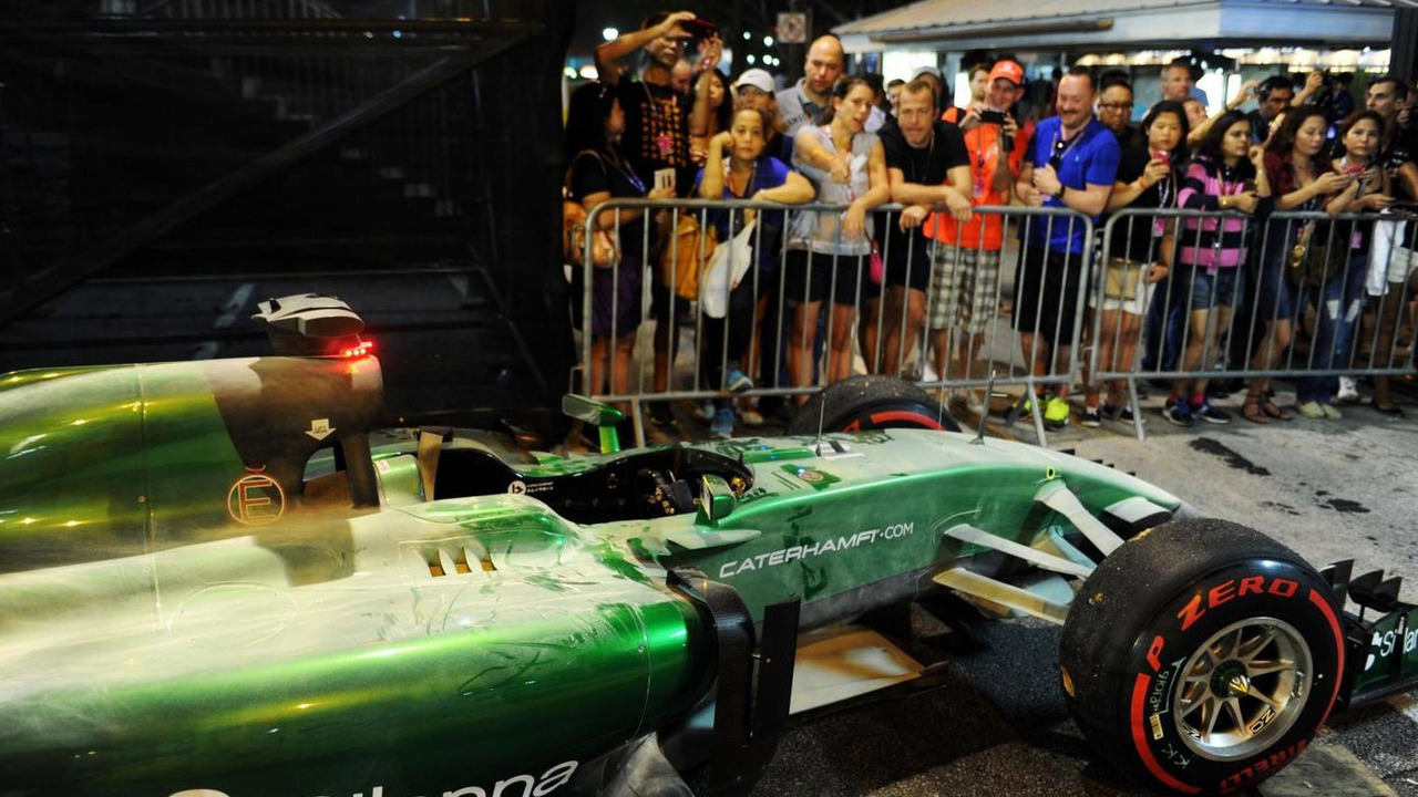 Kamui Kobayashi (JPN) retires, 21.09.2014, Singapore Grand Prix, Singapore / XPB