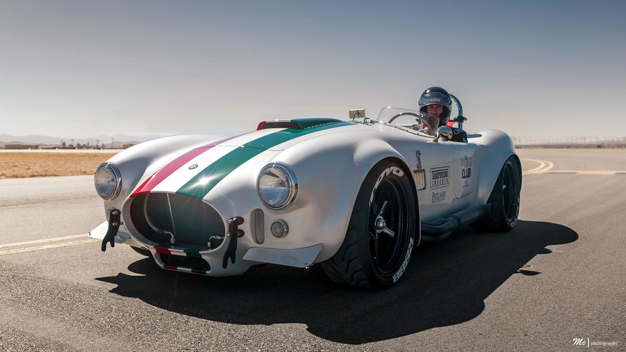 Superformance's Cobra Is The Fastest Ever Hitting 201 MPH