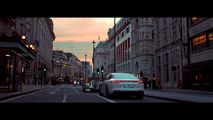 Porsche 919 Hybrid and Panamera 4 E-Hybrid cruise London