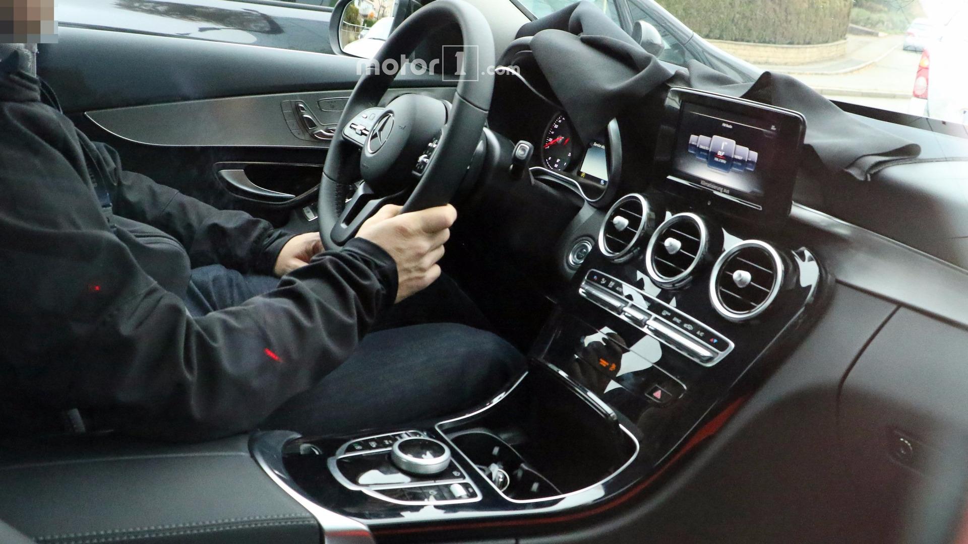 Photos espion - Embarquez à bord de la Mercedes Classe C restylée 2017