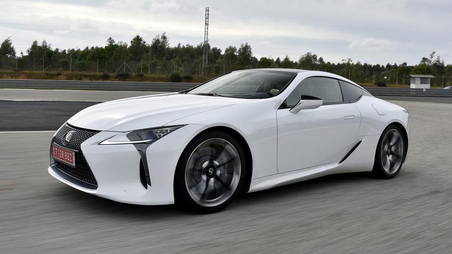 Lexus LC Hybrid, Camry'den daha ekonomik