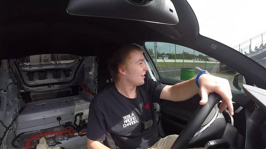 Negyedmérföldes rekordot döntött a kissé megkönnyített Tesla Model S P100D