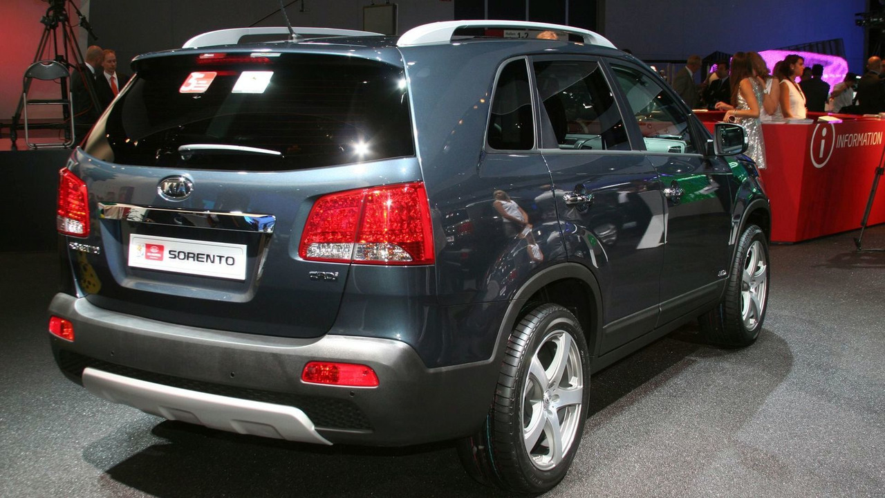 sorrento much sorento parkers insure how kia it is estate review to