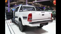 Embalado, Corolla puxa crescimento da Toyota no 1º semestre no Brasil