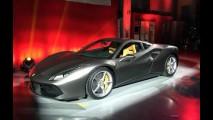 Ferrari 488 GTB de 670 cv faz estreia mundial em evento VIP - veja galeria