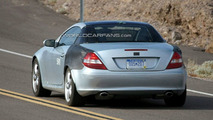 Mercedes SLK Spied Showing its New Retractable Glass Roof