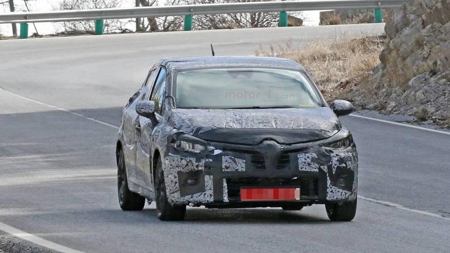 2019 Renault Clio Spy Photos