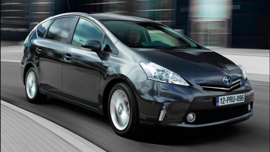 Toyota Prius+, l'ibrido si fa in sette