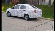 Flagra: novo Ford Ka Sedan aparece pela primeira vez