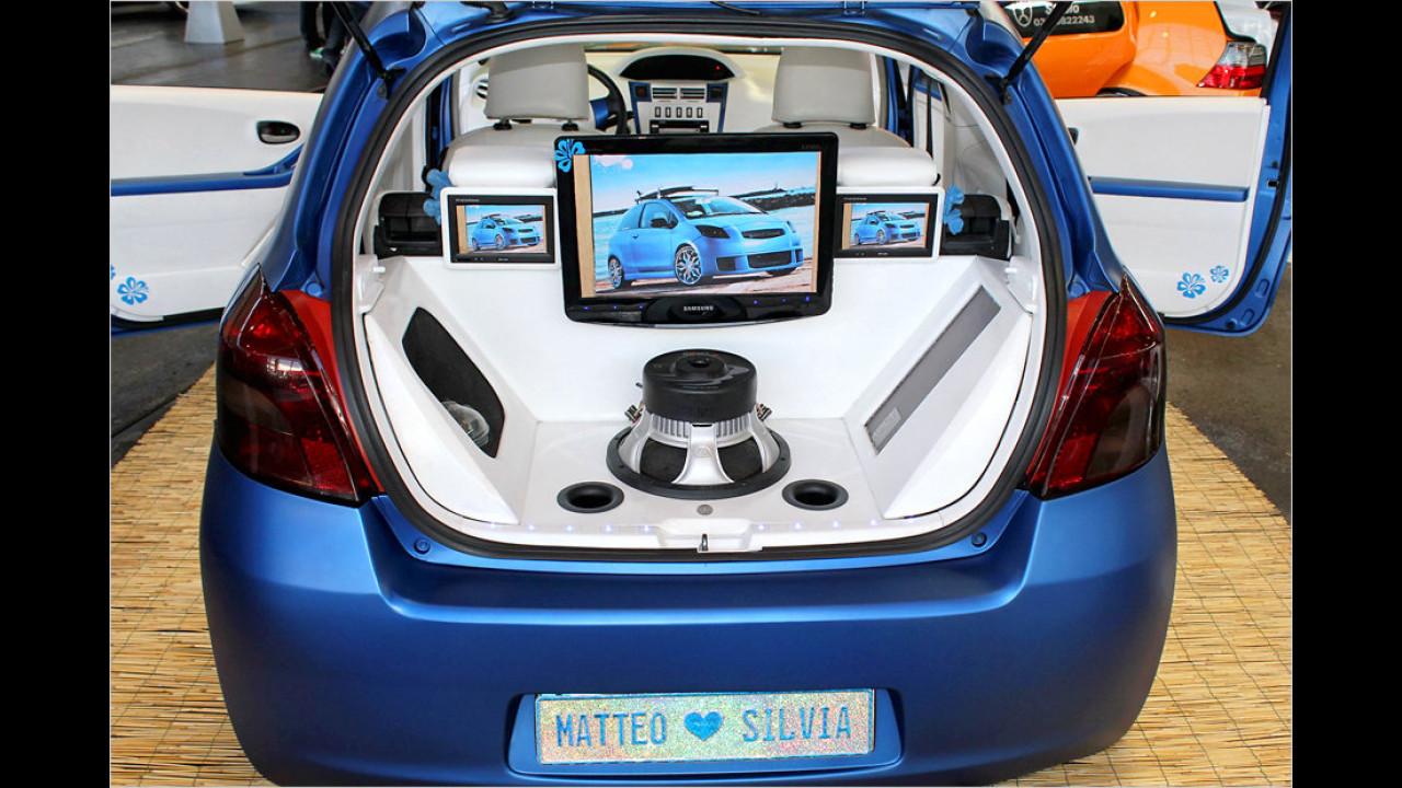 Matteo und Silvia: Liebe geht durch den Wagen und führt zu einer Multimedia-Anlage im Kofferraum