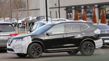 2017 Nissan Rogue spy photo