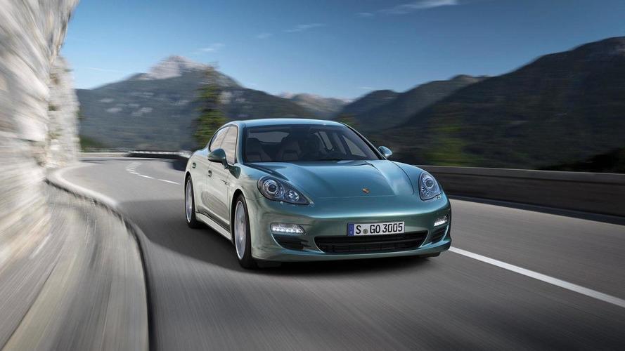 Porsche unveils Panamera Diesel with 1,200 km range
