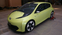 Toyota FT-CH Dedicated Hybrid Concept Unveiled in Detroit