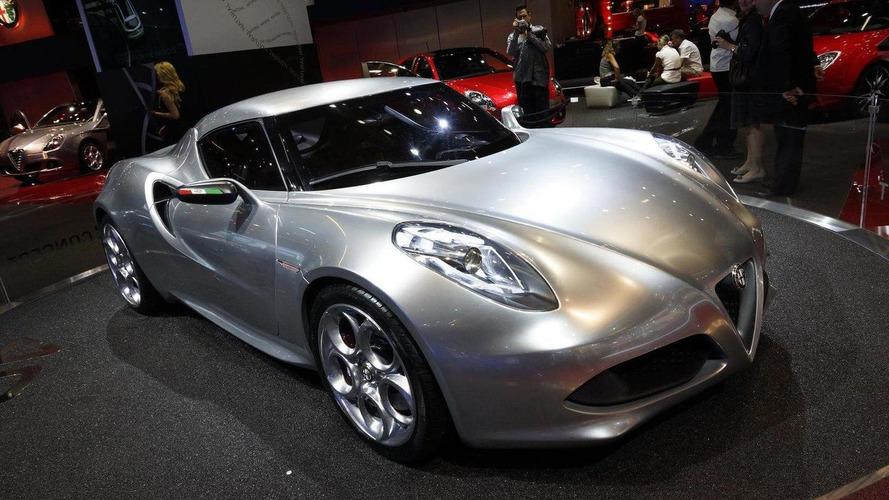 Alfa Romeo 4C will lose the carbon fiber body - report