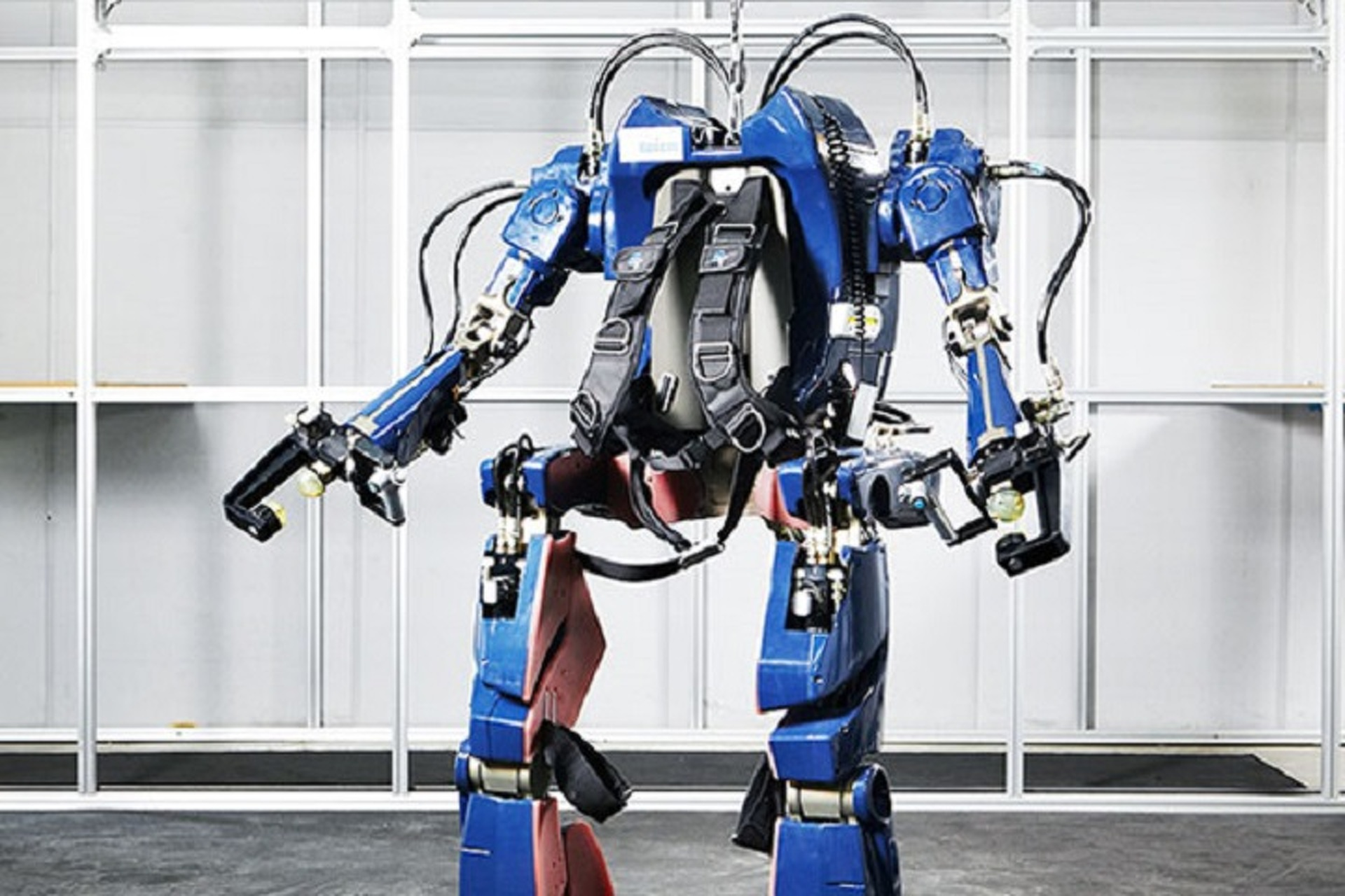Watch This Hyundai Exoskeleton Turn Man Into Machine