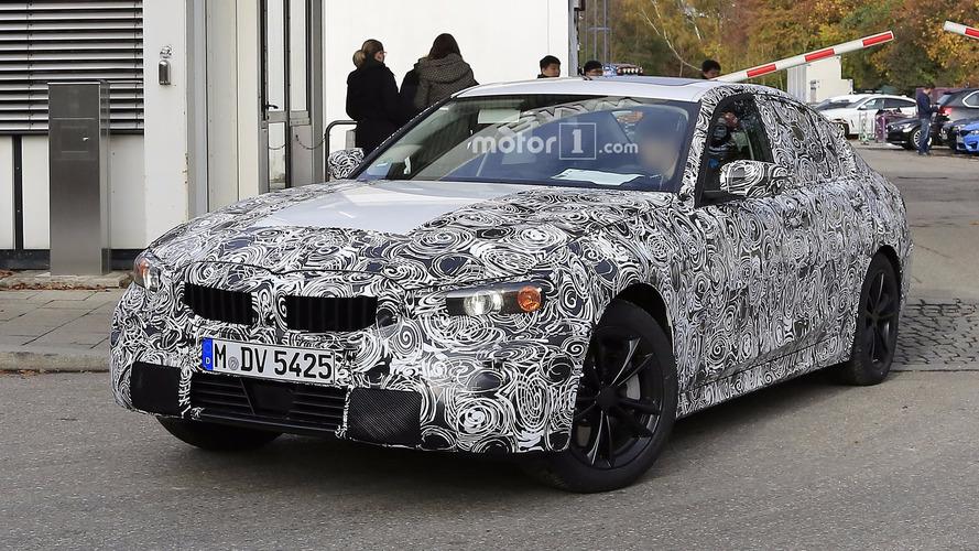 2018 BMW 3 Serisi üretime hazır gövdesiyle kameralara poz veriyor