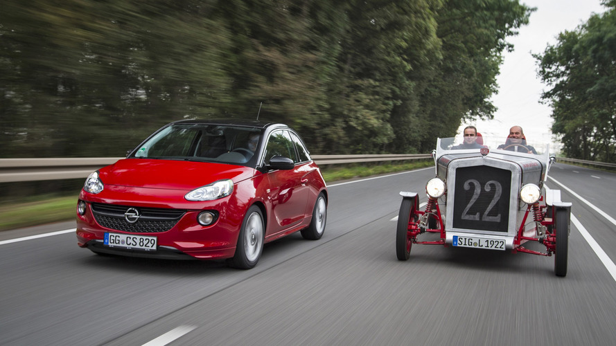 L'Opel Adam donne ses organes à la Loryc Speedster