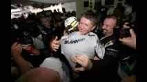 F1: Button festeggia il suo primo titolo iridato