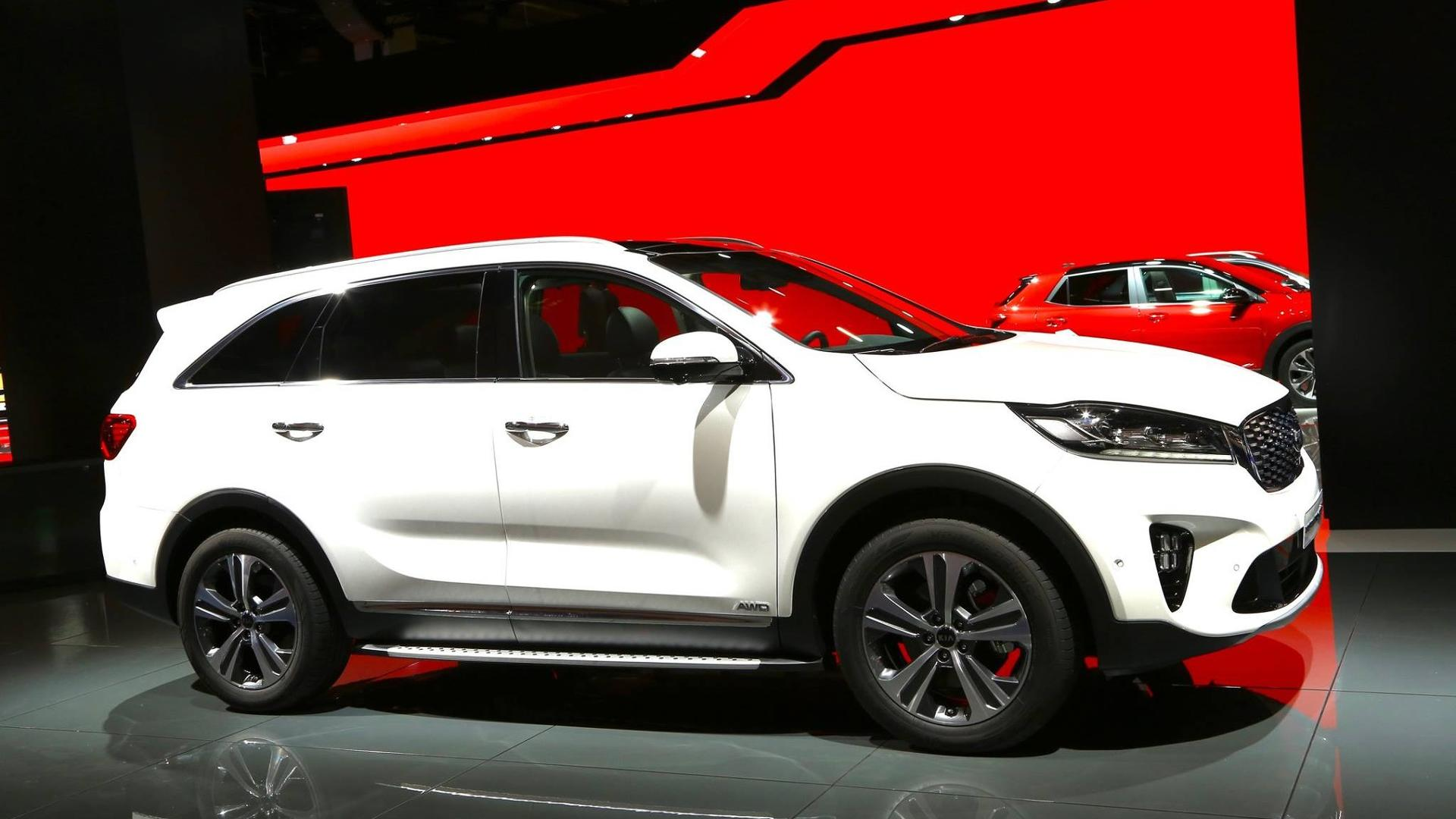 three reviews front kia motor and cars gdi rating canada awd sx sportage trend en quarter