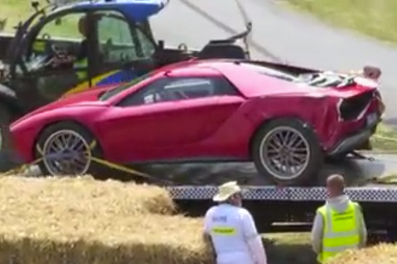 One-Of-A-Kind Guigiaro Parcour Crashes at Goodwood [video]