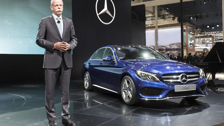 Mercedes C-Class L unveiled at Auto China