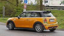 Mini Cooper S facelift spy photo