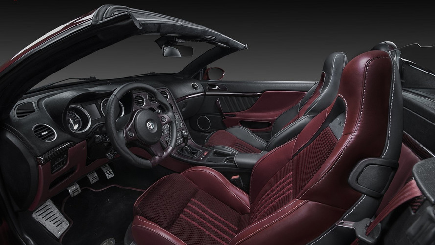 Alfa Romeo Spider gets red carbon and Kevlar from Vilner