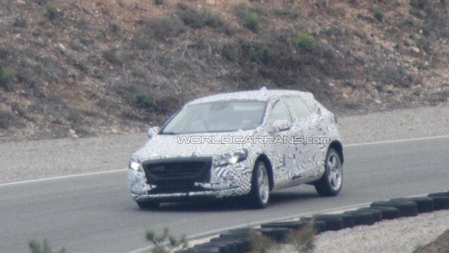 2012 Volvo V30 spied with less camo