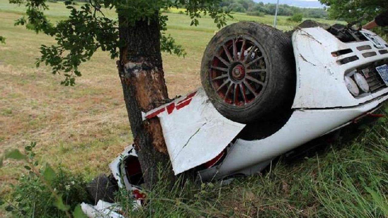 McLaren F1 crash in Italy