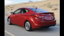 Hyundai Elantra 2014 ganha leve reestilização e motor 2.0 GDI nos EUA