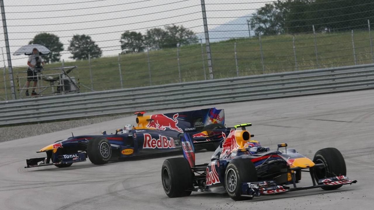 Mark Webber (AUS), Red Bull Racing drives off after his crash with Sebastian Vettel (GER), Red Bull Racing - Formula 1 World Championship, Rd 7, Turkish Grand Prix